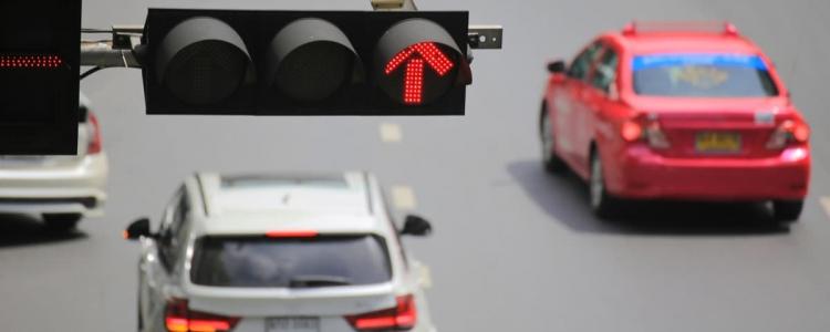 Passaggio col rosso: addio sanzione se manca la delibera comunale
