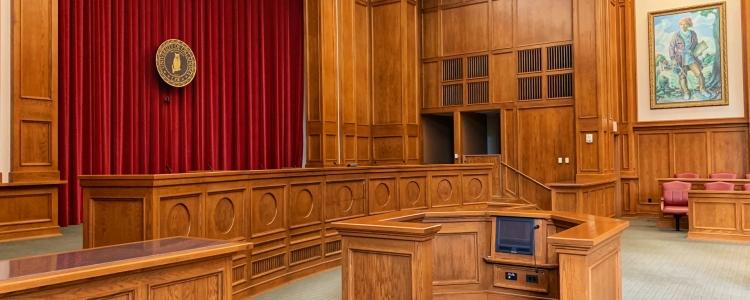 Sospensione dell'attività dei Tribunali